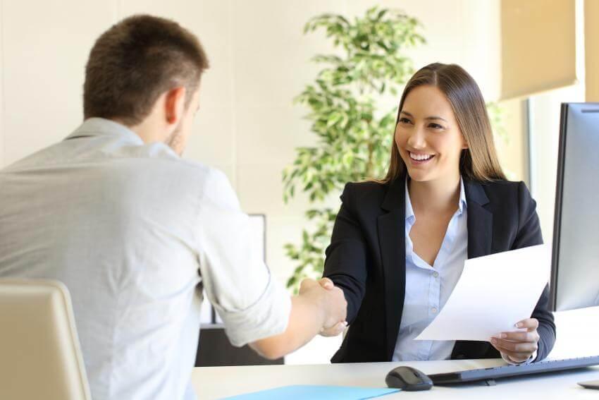 Predajné zručnosti – Predávajte s radosťou  Tento interaktívny praktický tréningový program je určený pre obchodných r...